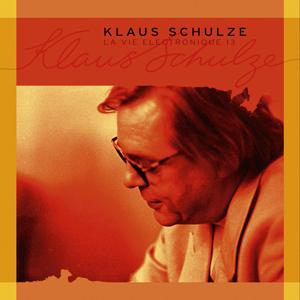 http://www.mig-music.de/wp-content/uploads/2015/06/Klaus-Schulze-LaVieElectronique13_300px72dpi.png