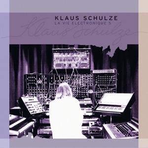http://www.mig-music.de/wp-content/uploads/2015/06/Klaus-Schulze-LaVieElectronique5_300px72dpi.png