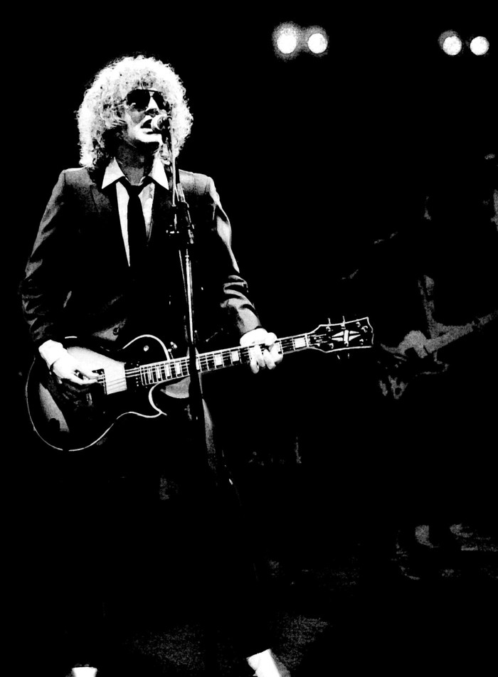http://www.mig-music.de/wp-content/uploads/2015/06/Mig_Music_IAN_HUNTER_BAND_FEAT_MICK_RONSON_by_Manfred_Becker_03.jpg