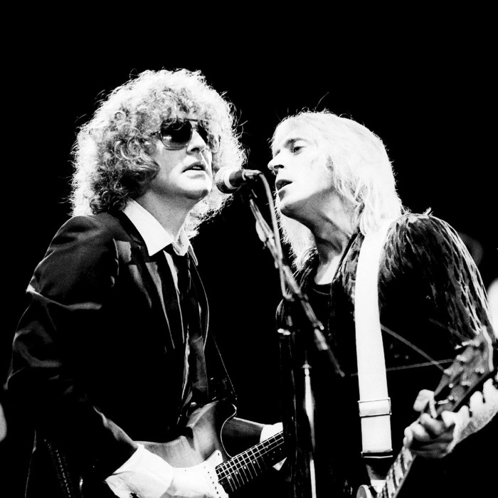 http://www.mig-music.de/wp-content/uploads/2015/06/Mig_Music_IAN_HUNTER_BAND_FEAT_MICK_RONSON_by_Manfred_Becker_1.jpg