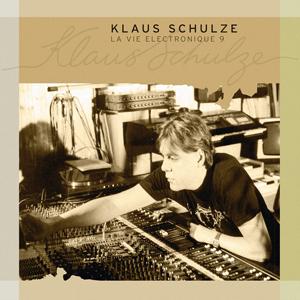 http://www.mig-music.de/wp-content/uploads/2015/07/Klaus-Schulze-LaVieElectronique9_300px72dpi.png