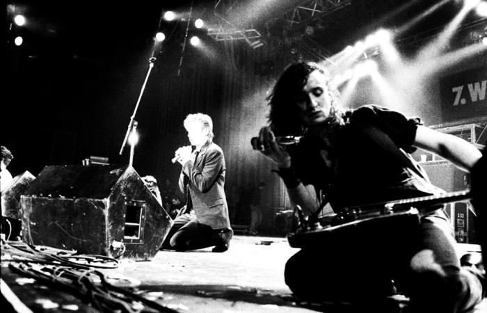 http://www.mig-music.de/wp-content/uploads/2015/08/Einstuerzende_Neubauten_03.jpg